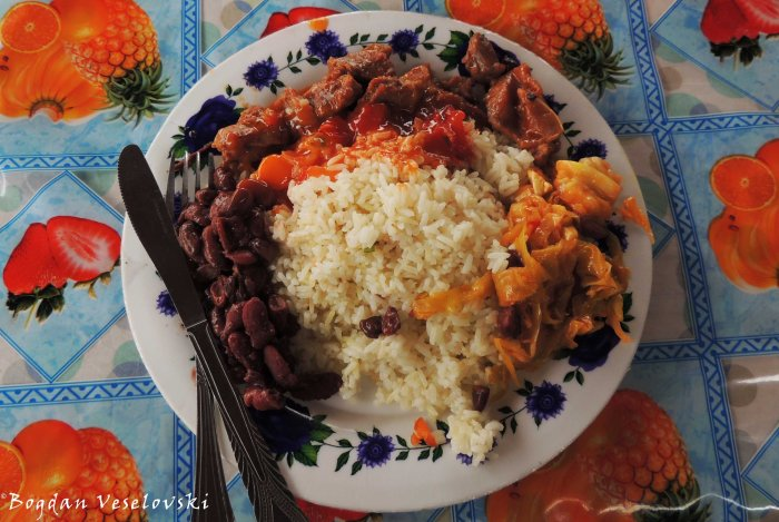 Rice with beans, cabbage & goat meat