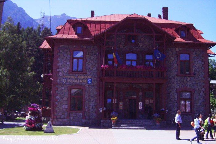 Bușteni town hall