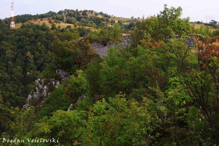 Grat Fortress (415 m)
