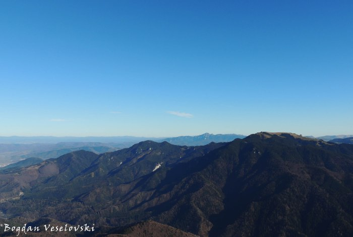 Eastern panorama - Piatra Mare & Ciucas Mountains