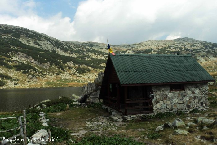 Mountain Rescue, Zănoaga Lake