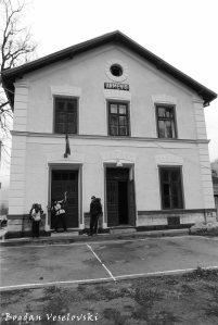 Armeniș station