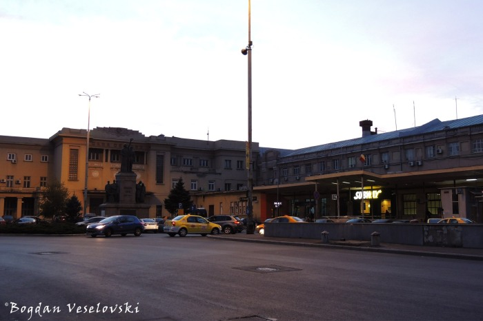 Bucharest Railway Station (Gara de Nord)