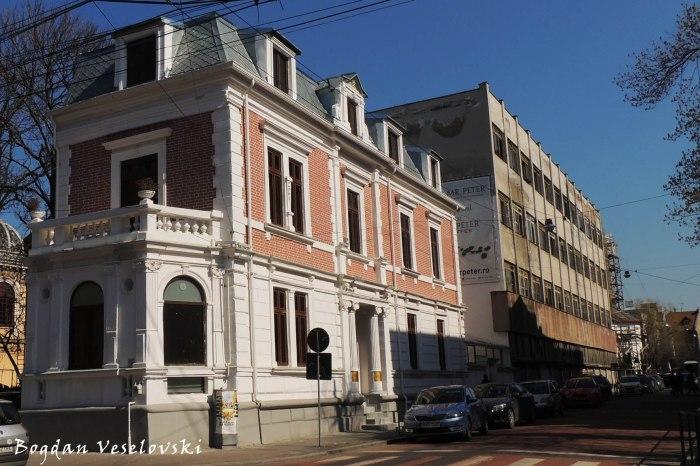 Former 'N. Kretzulescu' School's dormitory for boys