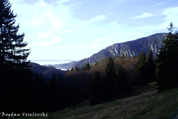 Postavarul Mountains
