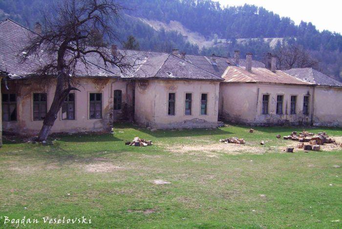 Roșia Montană's school