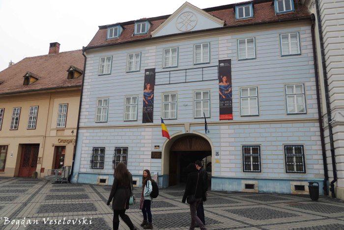 Casa Moringer (Casa Albastră) - Galeria românească (Blue House - Romanian Gallery)