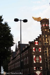 """Golden Bird"" landed on the staircase tower of the Cologne City Museum (the former armory)"