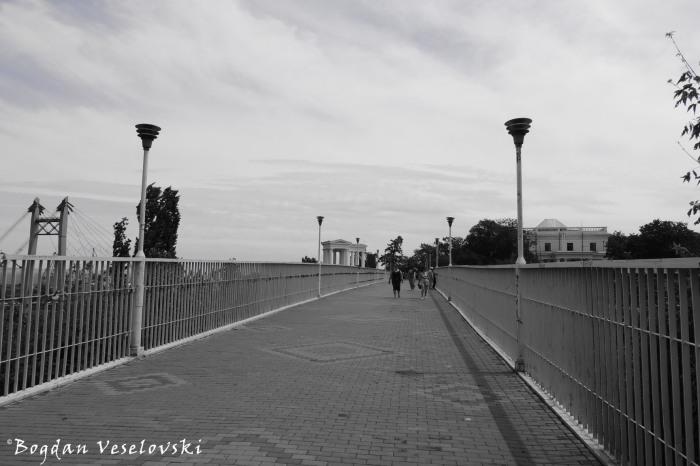 Mother-in-law bridge, Odessa (Тещин мост)