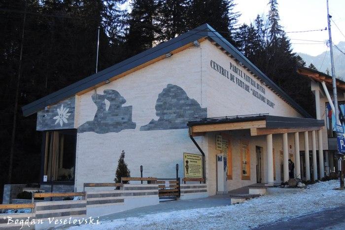 Centrul de vizitare 'Alexandru Beldie' al Parcului Natural Bucegi, Bușteni (Visitor Center of Bucegi National Park)