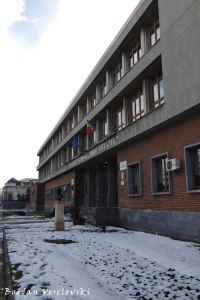 Colegiul Național Mihai Viteazul, Ploiești (Mihai Viteazul National College)