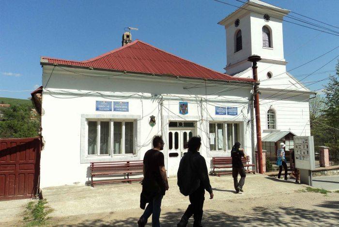 Gârnic town hall