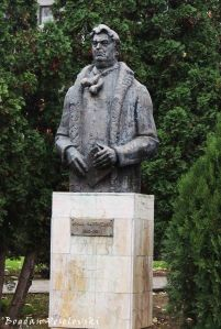 Monument of Mihail Sadoveanu