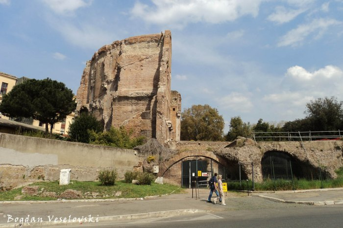 Domus Aurea, Terme di Traiano