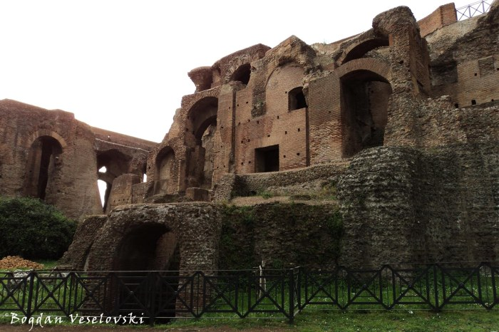 Ruins of the Imperial Palace - Domus Augustana, Palatine Hill (I resti dei palazzi imperiali del Palatino)