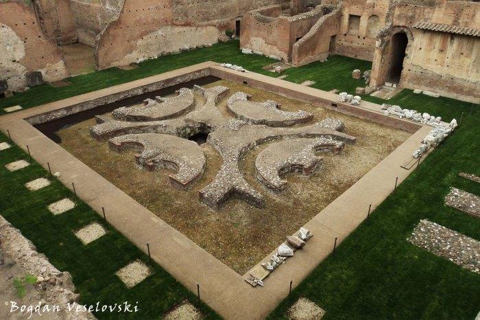 Courtyard of Domus Augustana (Il cortile quadrato, Domus Augustana, Palatino)