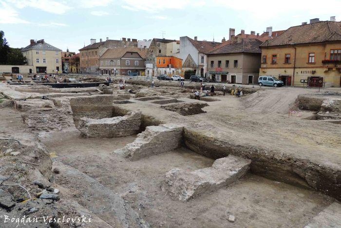 Castle ruins at Dunakapu tér, Győr