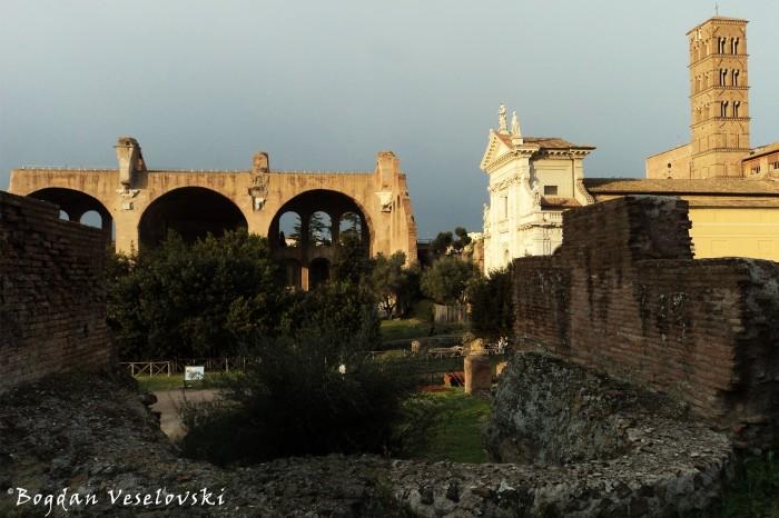 Fori Imperiale - Porticus Margaritaria, Basilica of Maxentius & Santa Francesca Romana
