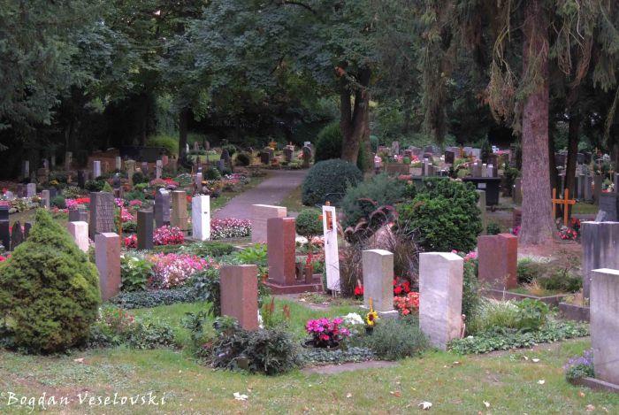 Cemetery in Uhlbach