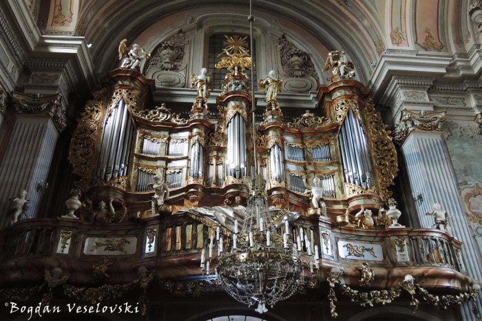 Pipe organ of St. Anne's Church