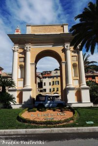 Arch of Queen Margherita of Spain, Finale Ligure