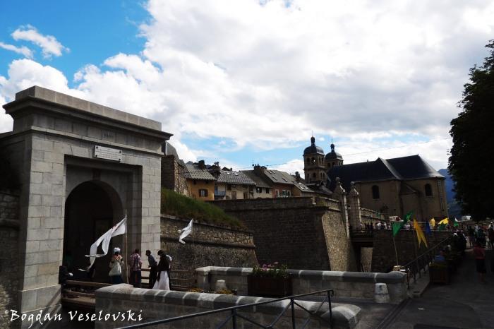 Porte d'Embrun, Briançon