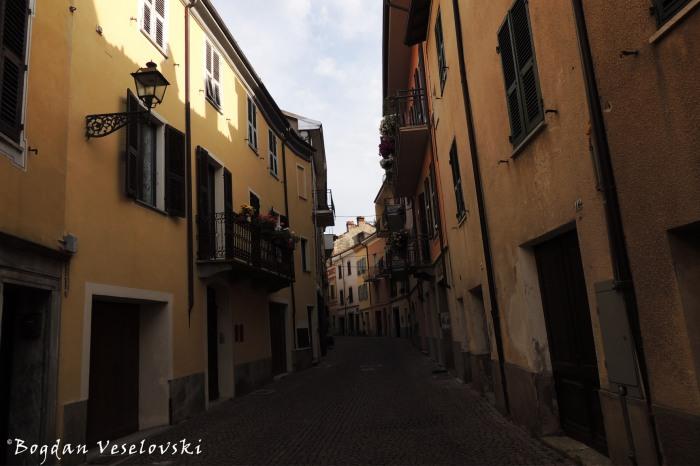 Via Cavour, Garessio