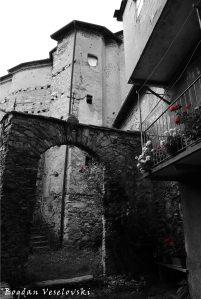 Apse side acces to San Giovanni Church, Garessio