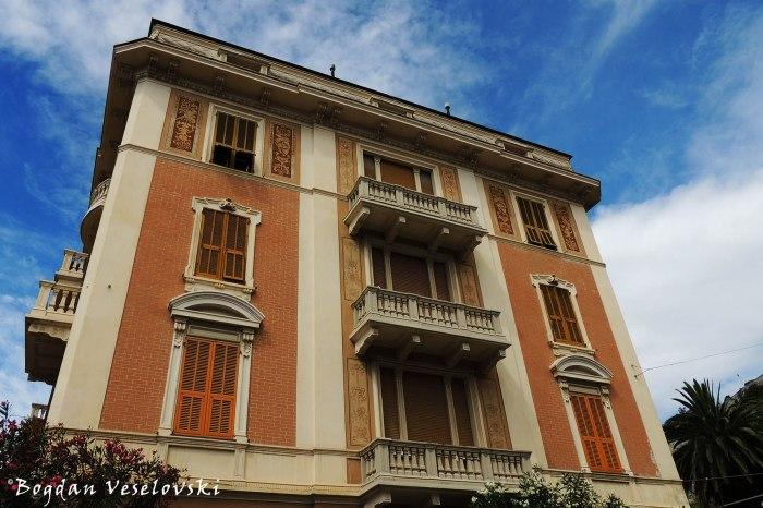 Corso Europa, 5