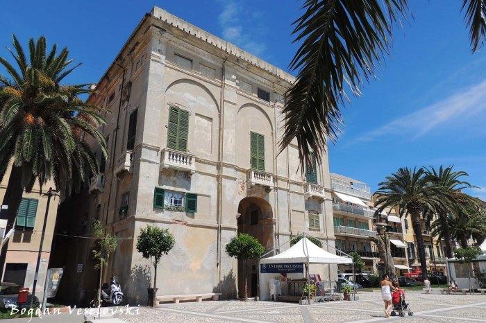 Palazzo Buraggi, Finale Ligure
