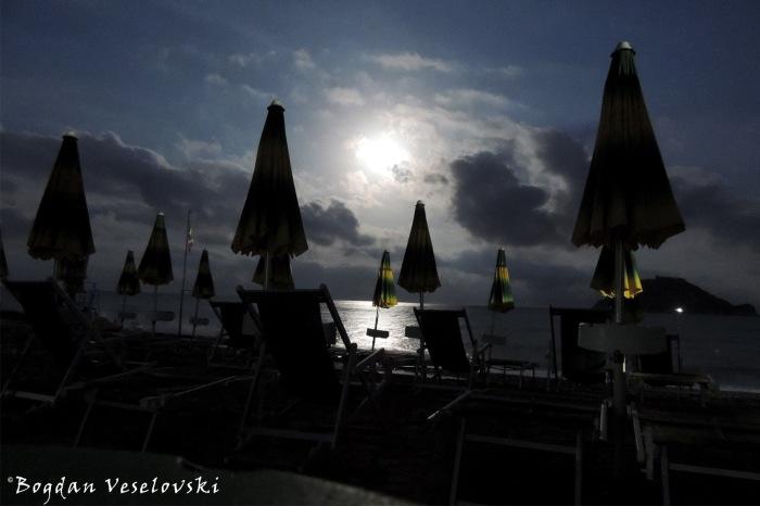 Albenga beach at night