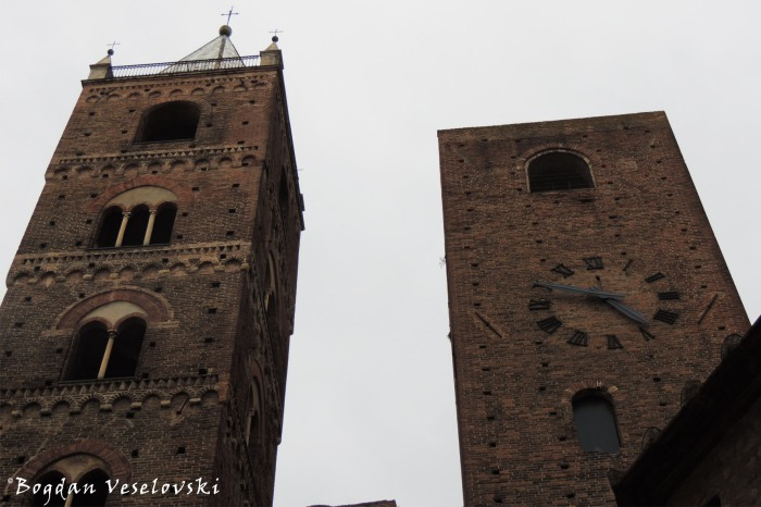 Bell & Clock Tower, Albenga