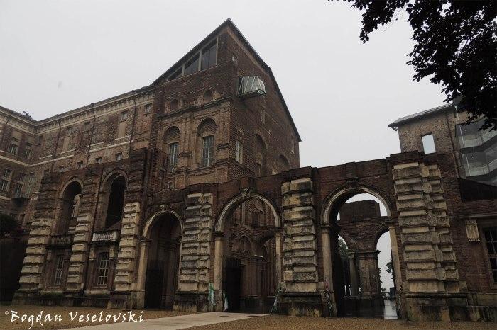 Castello di Rivoli (Museo d'Arte Contemporanea)