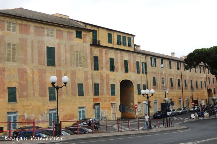Piazza del Popolo, Albenga