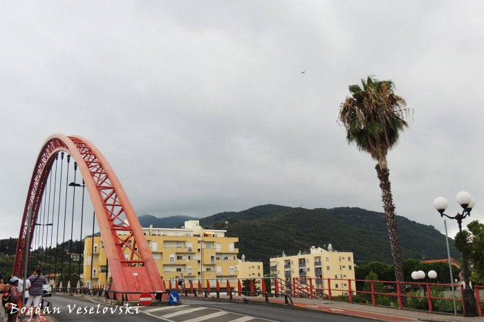 Ponte E. Viveri (Ponte rosso), Albenga