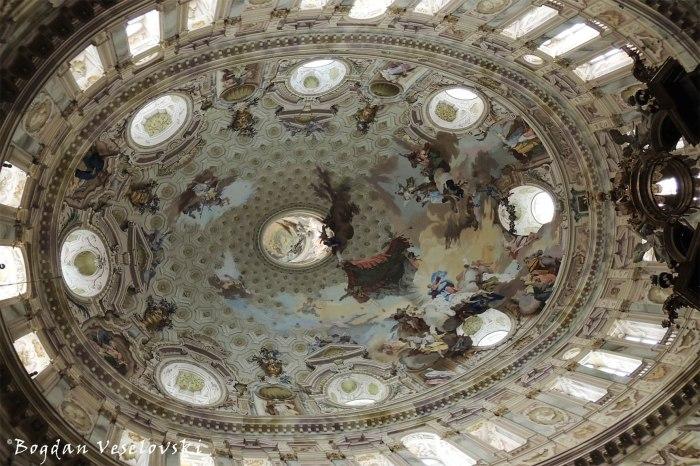 Santuario di Vicoforte - Frescoed vault of the elliptical cupola