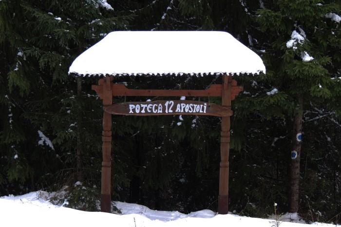 Poteca 12 Apostoli (12 Apostles Trail)
