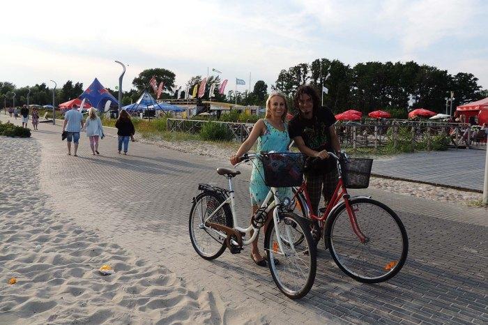 Biking on Pärnu Esplanade