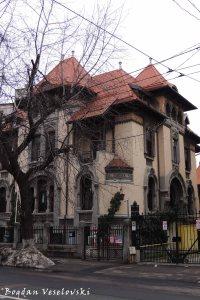 60, Dacia Blvd. - Mincu Villa (eclectic-Neo-Romanian style)
