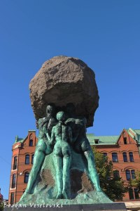 Arbetets ära ('Honour of work' monument) in Möllevångstorget, Malmö