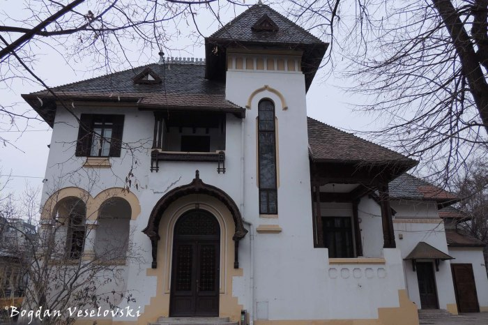 1, P-ta Gh. Cantacuzino - Löwendal House (20th cent., arch. Petre Antonescu, Neo-Romanian style)