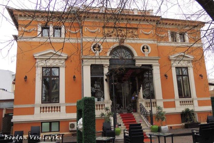 30, Biserica Amzei Str. - Alexandru Săvulescu House (1883)