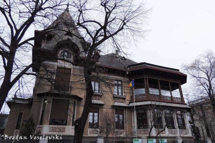 4, Polonă Str. - Adina & Emil Costinescu Villa (1911-1915, arch. arch. I.D.Berindey)