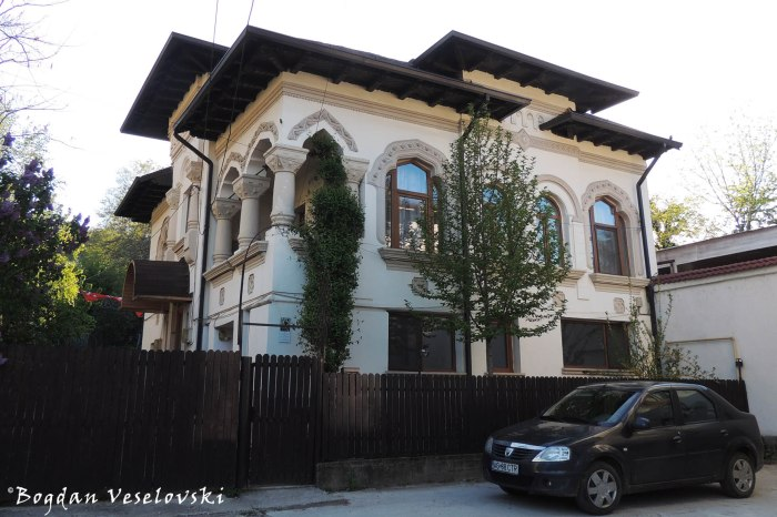 44, Armand Călinescu Str. - 'Prefect I' Villa