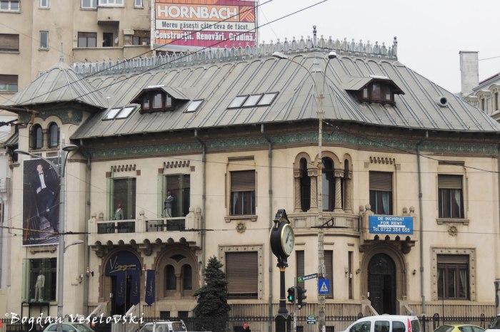 5, Piața Romană - Gheorghe Petrașcu House (1913, arch. Spiridon Ceganeanu, Neo-Romanian style)