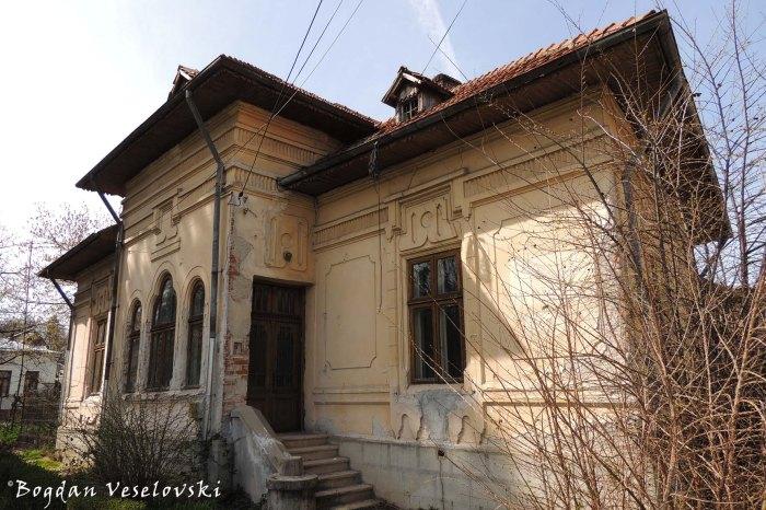 House in Pitești