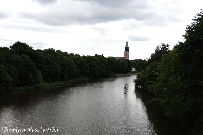 Aurajoki & Turun tuomiokirkko (Aura River & Turku Cathedral)