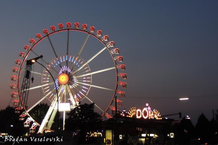 Ferris wheel, in 'Dom' amusement park, Hamburg