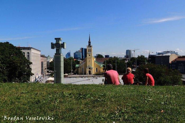 Vabaduse väljak - Vabadussõja võidusammas & Jaani kirik (Freedom Square - Independence War Victory Column & St. John's Church, Tallinn)