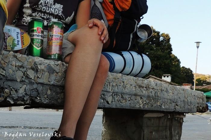 Food, beer & legs